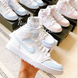 Customs Nike Air Jordan's white and blue